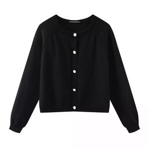 - IN-HOUSE Cropstyle button black sweater cardigan